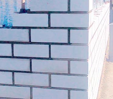 стена из силикатного кирпича